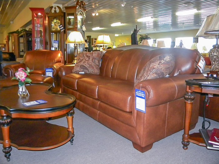 furniture 5991 - Sofas & Recliners